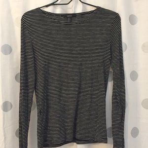 Forever 21 Black and white long sleeve T